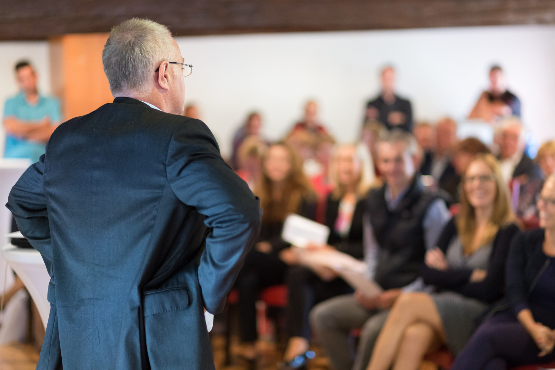 15184797-speaker-at-business-conference-and-presentation